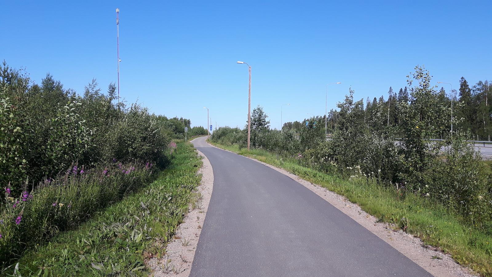 On cycle Path outside Kemi Finland