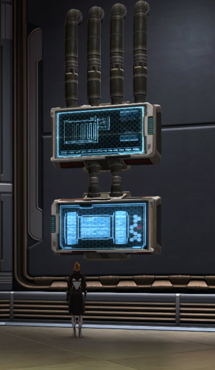swtor-center-mounted-monitor-display-2
