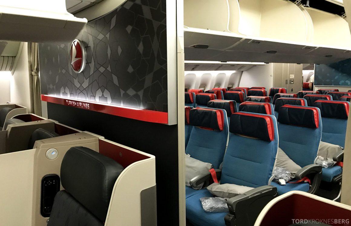 Turkish Airlines Business Class Istanbul Jakarta økonomi