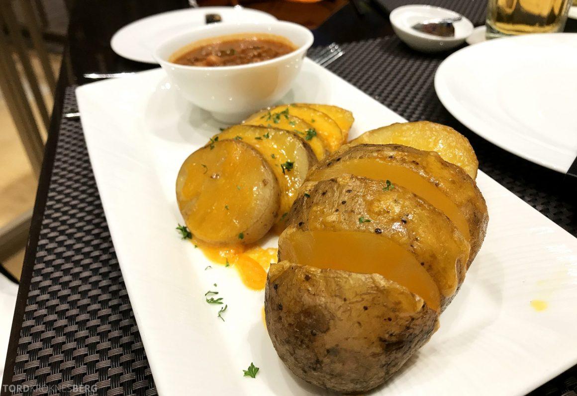 Restaurant Asia Ritz-Carlton Jakarta potet