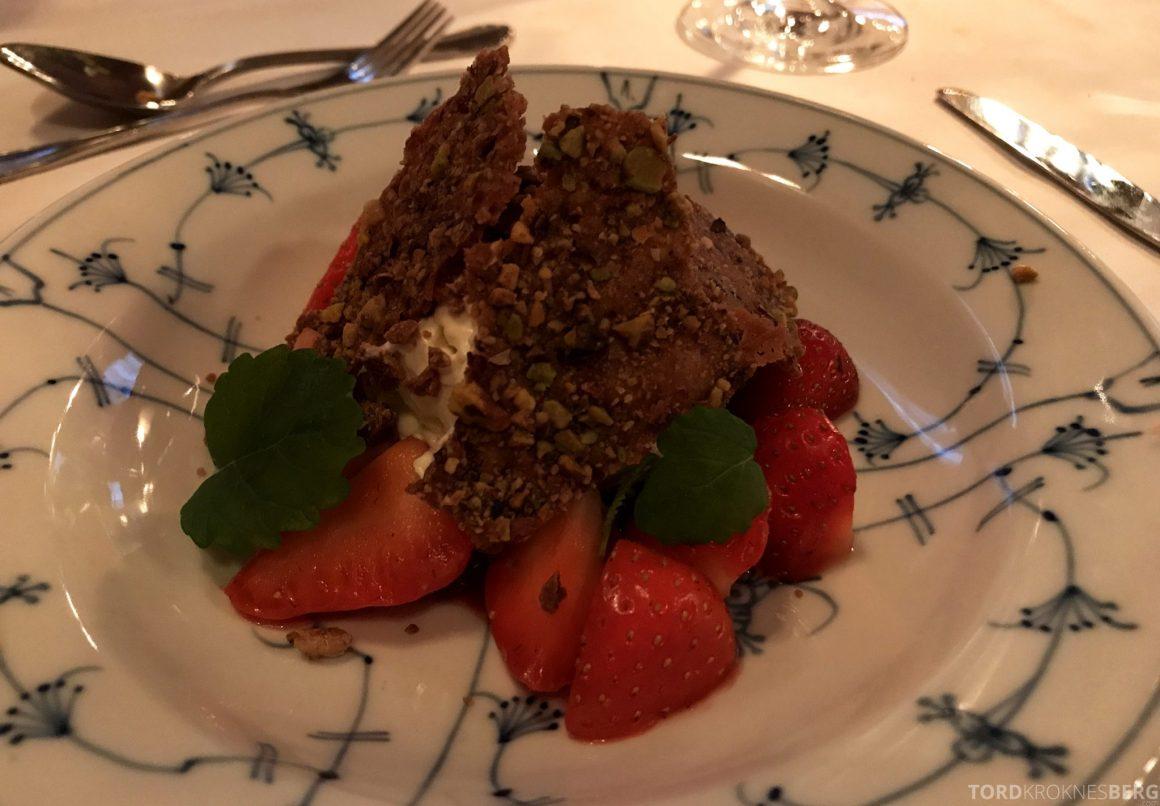 Restaurant Bandak Dalen dessert jordbær