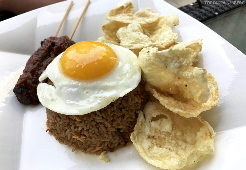 Restaurant Lobo Ritz-Carlton Jakarta nasi goreng