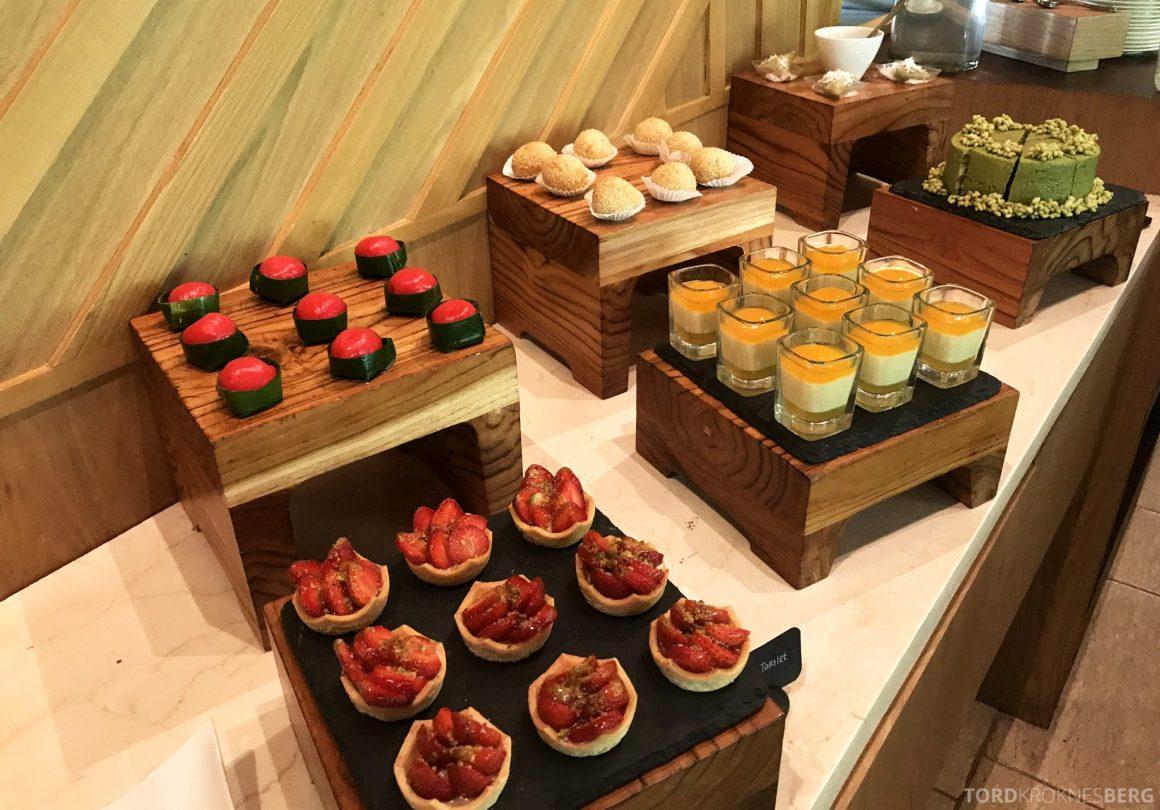 Ritz-Carlton Bali Club Lounge kaker til lunch
