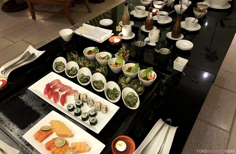 Ritz-Carlton Bali Club Lounge hors d'oeuvre kanapeer