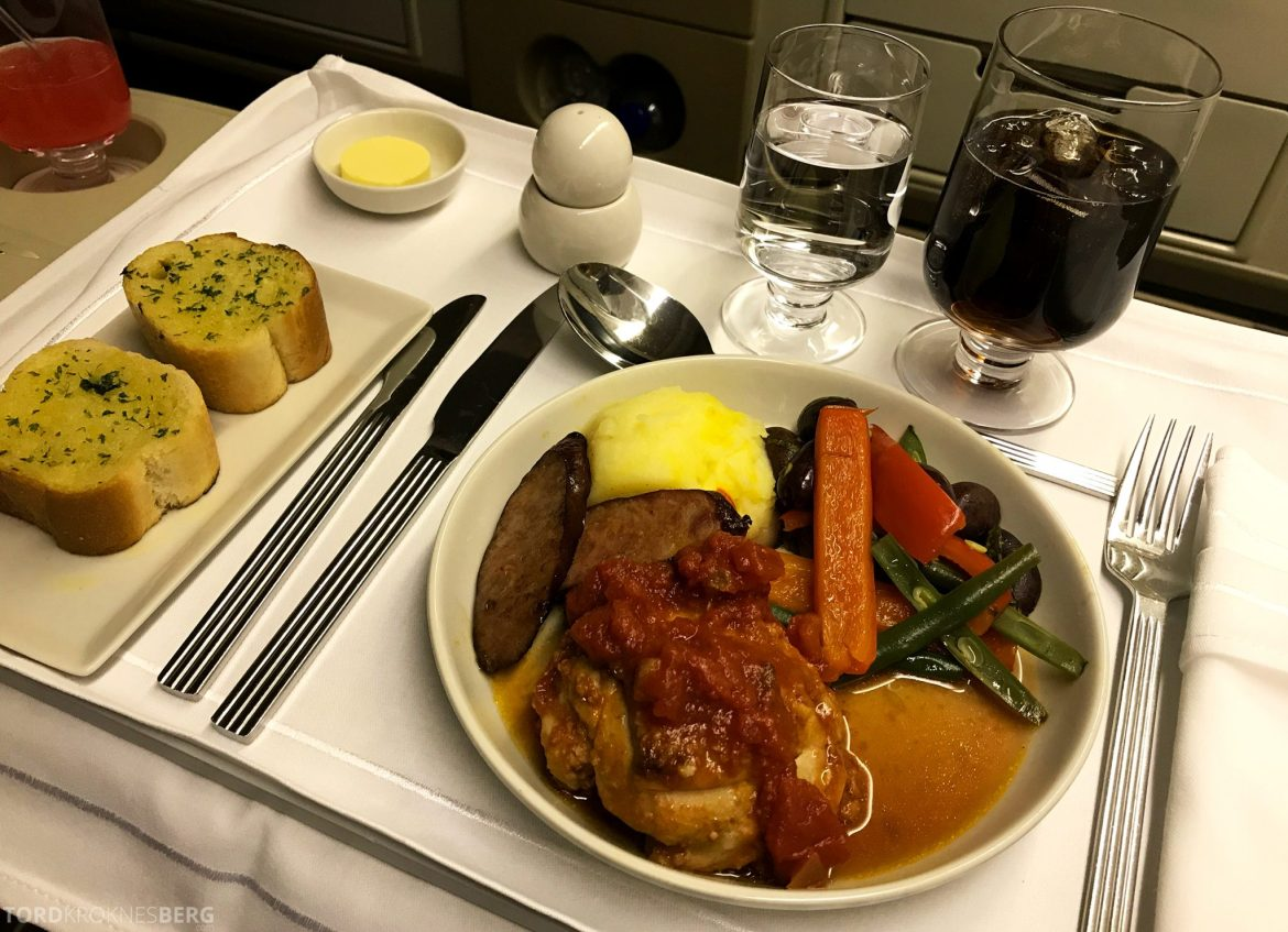 Singapore Airlines Business Class Wellington Canberra Changi kylling hovedrett