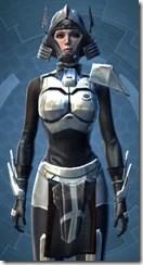 Battlemaster Weaponmaster Pub - Female Close