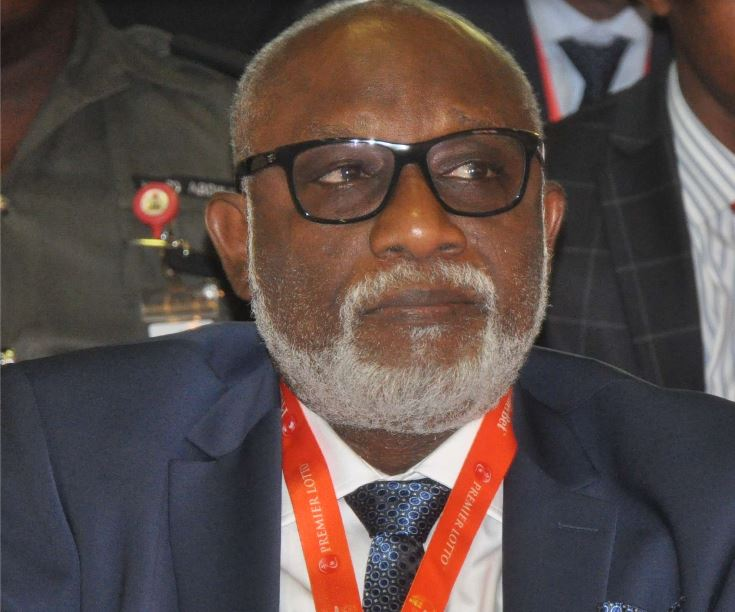Xenophobia: Akeredolu Receives Returnees, Promises Enabling