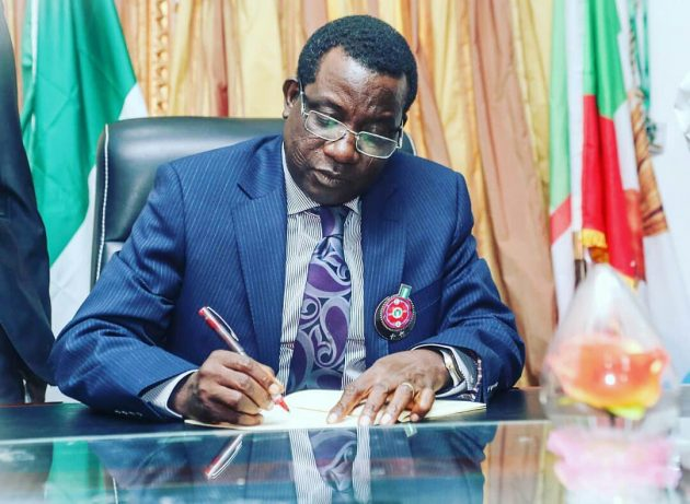b 119464 - Plateau LG workers begin protest over financial autonomy, others