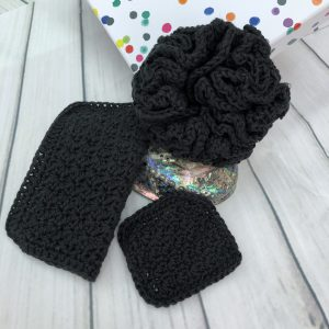 Black makeup pads