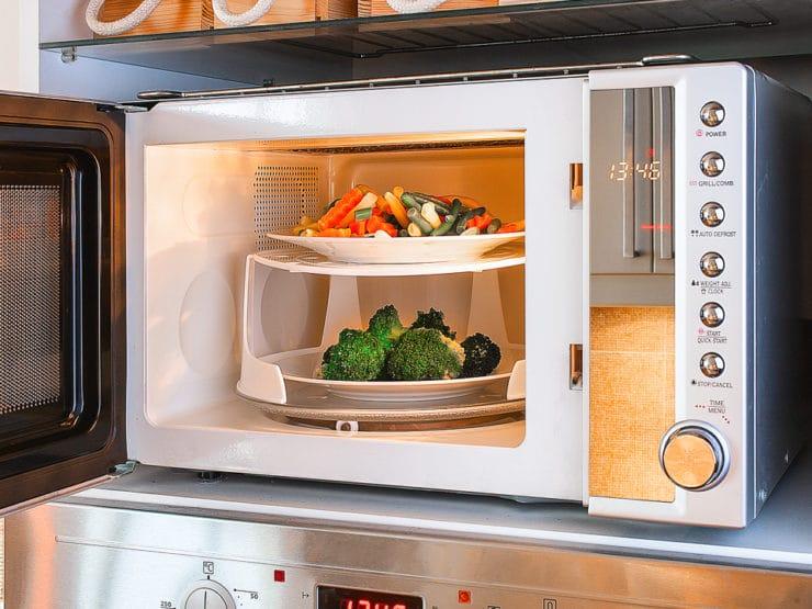 is microwaving food healthy or