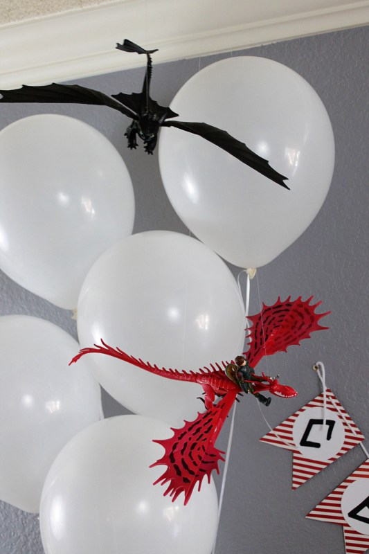 How to Train Your Dragon Party Decorations Dragons