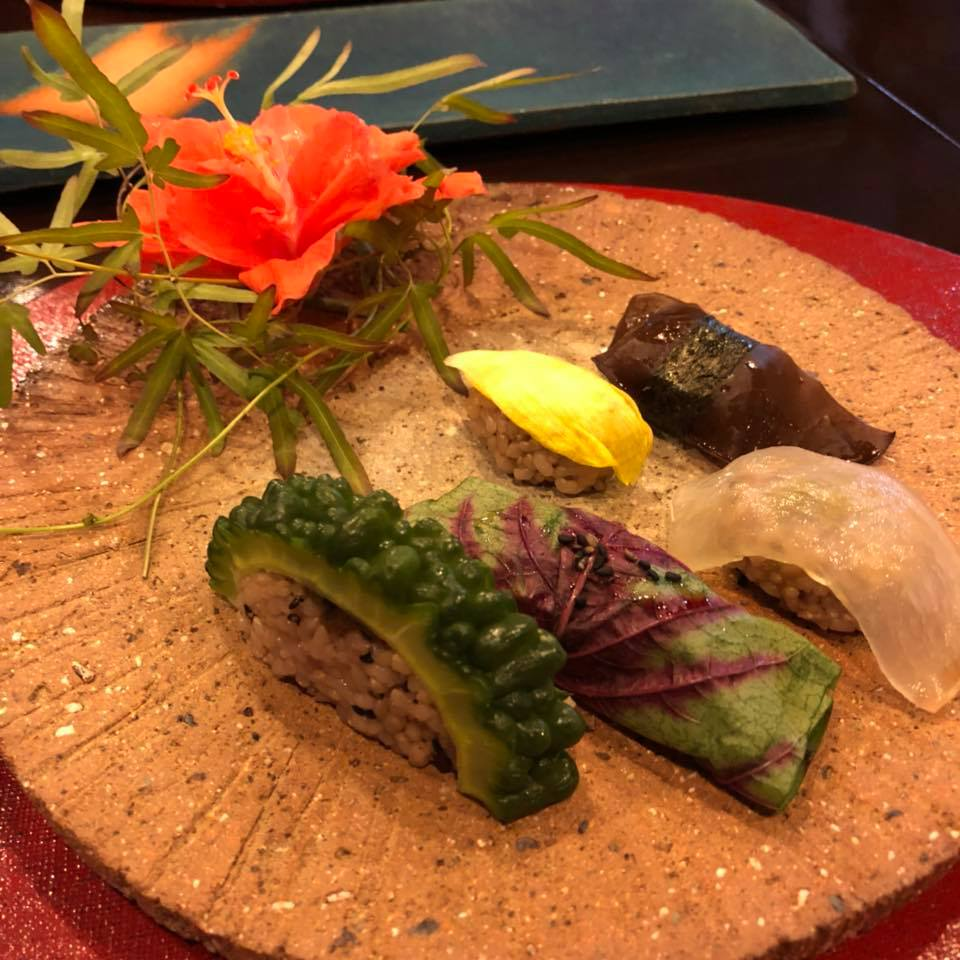 1日1組限定、古民家の自然食沖縄料理。