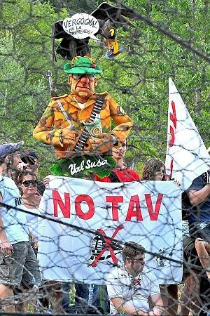 "Marcia No Tav in Val Susa la ""zona rossa"" si allarga"