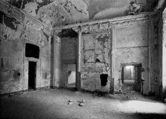 Camera dei ritratti di Casa Savoia1_prima