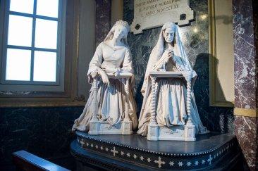 Maria Adelaide e Maria Teresa d'Asburgo-Lorena all'interno del Santuario della Consolata