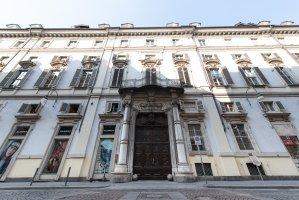 Palazzo Saluzzo Paesana, facciata