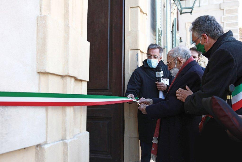 Memoriale Cavour, taglio del nastro