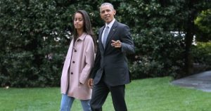 Malia and Obama go for walk