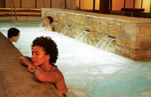 Therapeutic Waters (2.5 hour recommended max) wed - mon: $54 / tue: $44 Sweet Ginger+Milk Body Glow 60min…$140 Deluxe Menu(plus face & scalp) 90min…$205 Shiatsu Massage30min…$105 / 60min…$155 / 90min…$215