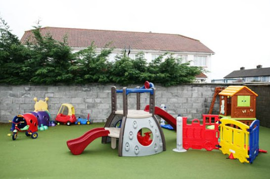 CONTENT_lg_outdoor-play