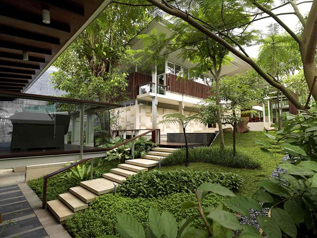 modern-and-luxury-villa-in-singapore-01
