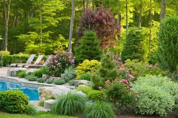 seasonal-garden-landscaping-1400x93312-1024x682