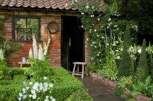 topiarist-garden-940x627_TSC2307