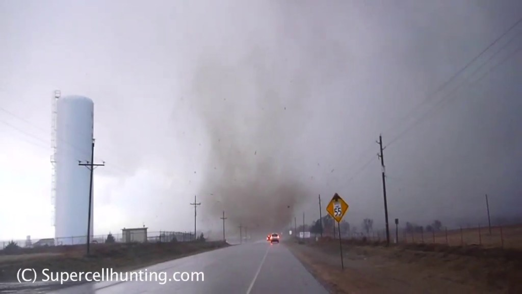 March 8, 2010 Storm Chase | Hammon, OK Tornado