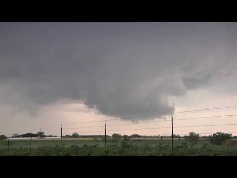 April 23, 2011 Storm Chase | North Texas Tornado Warned Supercell and Wall Cloud