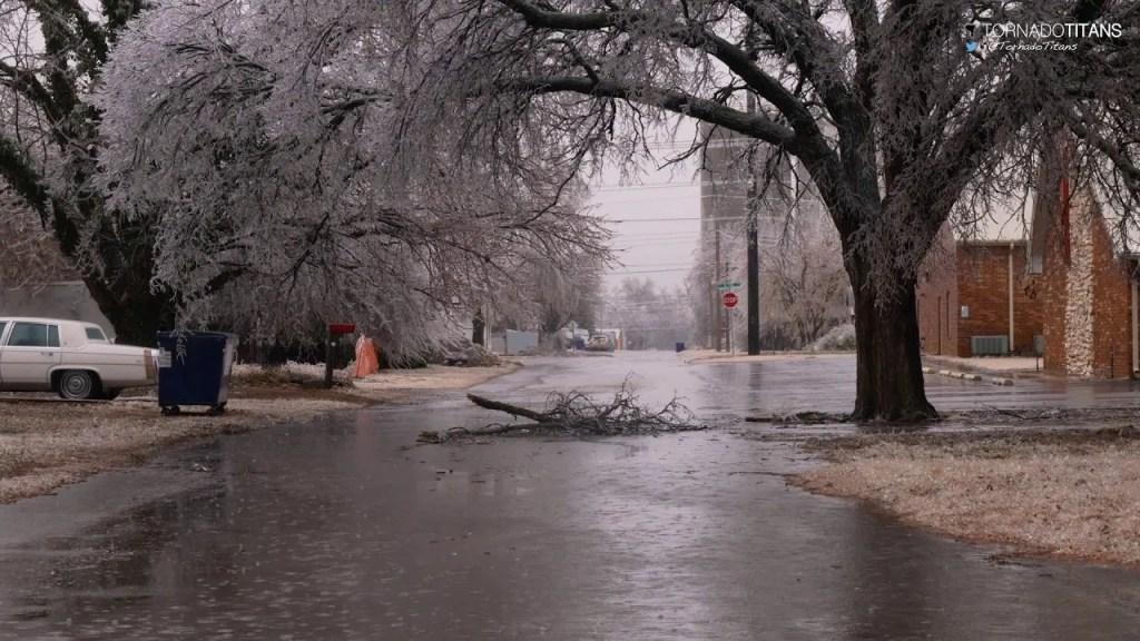 January 15, 2017 Storm Chase | Canton, Oklahoma Ice Storm