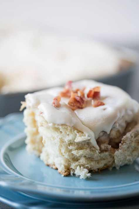 Maple-Bacon-Cinnamon-Rolls-9