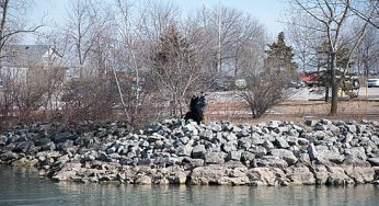 Local residents take in the Bluffs' local beauty.