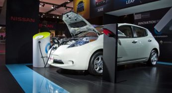 Winner of the 2012 World Car of the Year, the Nissan LEAF boasts a fuel economy equivalent of 2.4L/100 km. Unfortunately, its range is limited to 160 kilometres, according to the Environmental Protection Agency.