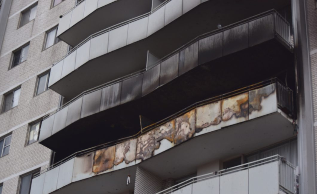 Dawes Road apartment fire