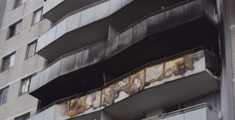 Dawes Road apartment fire