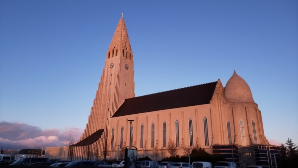 Wow Air, Northern Lights, Aurora Borealis, Reykjavik, Iceland, Hallgrimskirkja, Church, Flag, Icelandic
