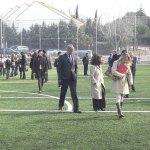 Los asistentes a la inauguración se dirigen a Torreforum