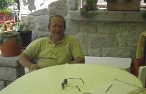 D. Pablo durante la entrevista en su casa en la colonia de Torrelodones