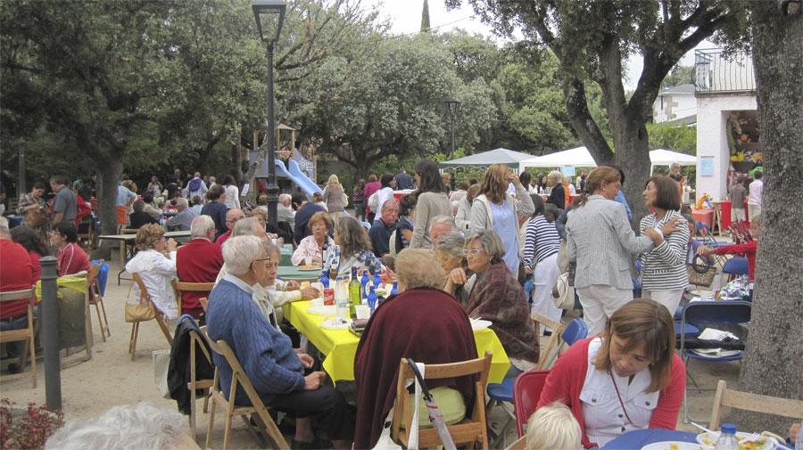 Fiesta en favor de la Residencia Sta. Mª de los Ángeles de Torrelodones