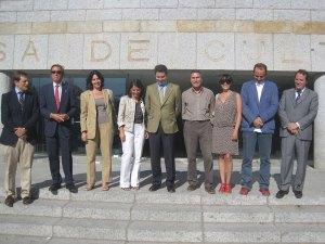 Equipo de Gobierno de Torrelodones con D. Borja Sarasola y D. Jaime González Taboada - Visita a la Casa de Cultura de Torrelodones el 5-10-2011
