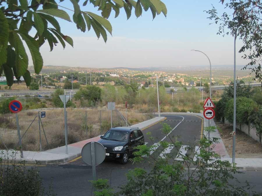 Calle Luarca en Los Bomberos, Torrelodones