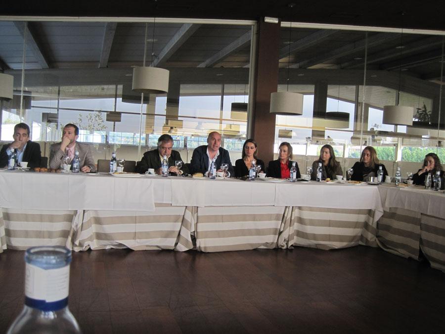 Desayuno de la asociaci n empresarial de torrelodones con la alcaldesa del municipio - Viveros amoros ...