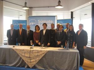Arias Cañete con el Alcalde de Galapagar, el Presidente de la AET y miembres del Partido Popular de Torrelodones