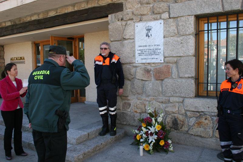 Homenaje a las víctimas del 11-M en Torrelodones (Foto: Ayto. Torrelodones 11-03-2012)