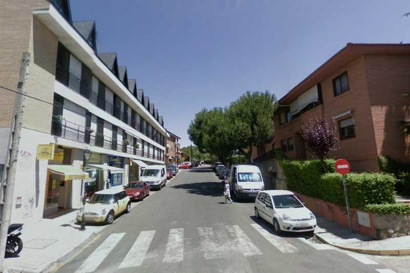 Una niña nace en plena calle, en Torrelodones (Foto: Summa112)