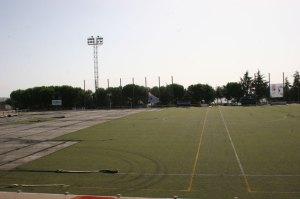 Cambio de césped del Campo de Fútbol Julian Ariza de Torrelodones