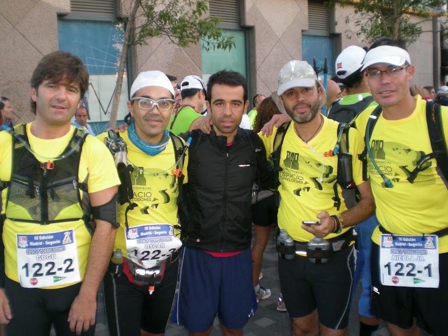 Equipo de Torrelodones en la carrera 100k Madrid-Segovia