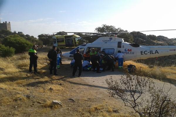 Rescatan una mujer accidentada junto a la Torre de los Lodones