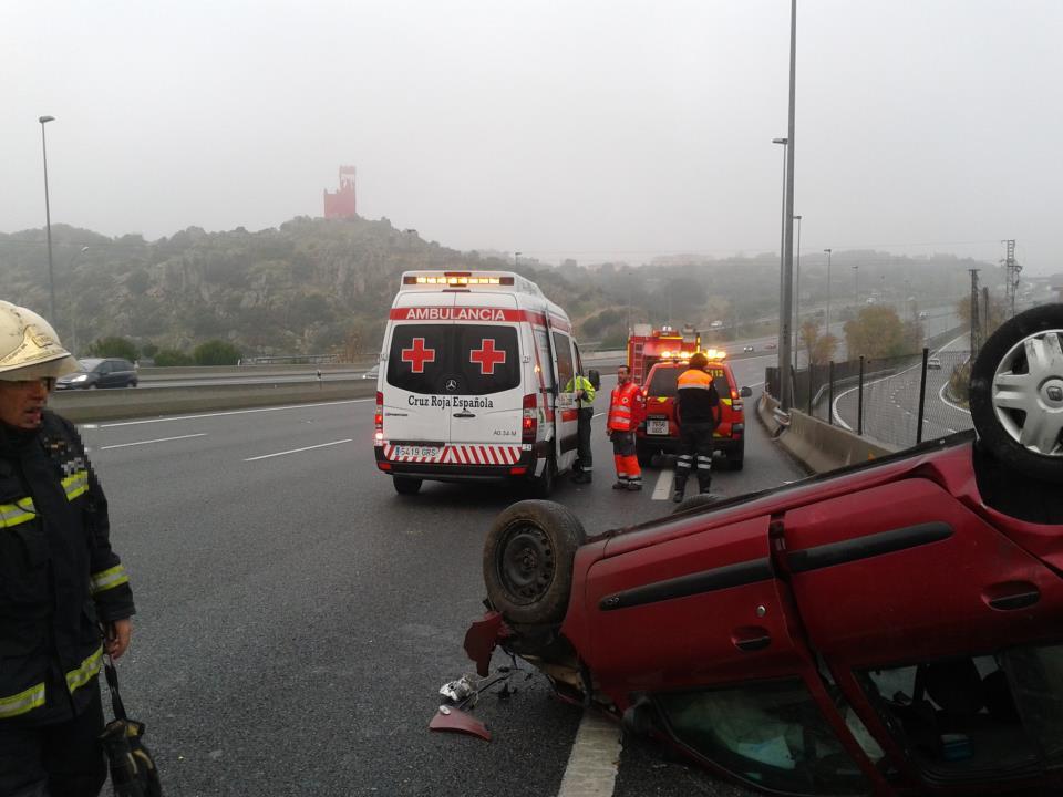 Accidente A6 Km. 30 sentido Coruña (Torrelodones-7-12-12) Foto: Protección Civil de Torrelodones
