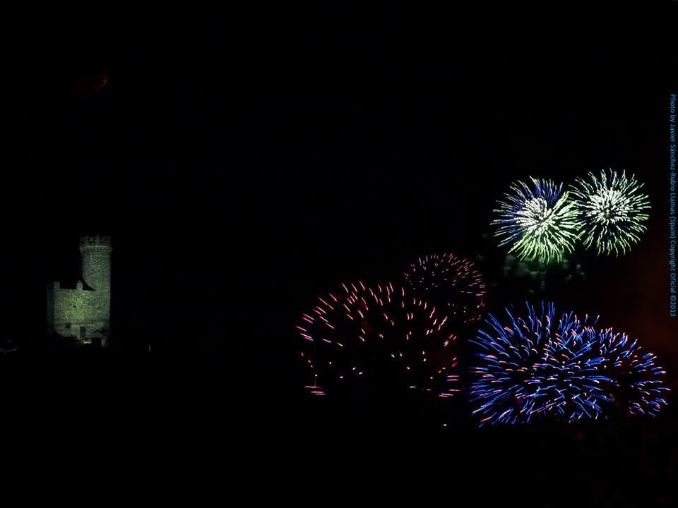 Fuegos Artificiales de las Fiestas del Carmen, Torrelodones 2013 (Foto: gentileza de Javier Sánchez-Rubio Llamas)